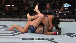 Amanda Nunes defendió el título gallo de UFC contra Raquel Pennington. (Fox Sports)