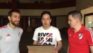 El reconocimiento a Leonardo Ponzio de la filial de River en Quito.