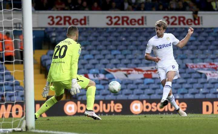 El Leeds de Bielsa ganó 2 a 1
