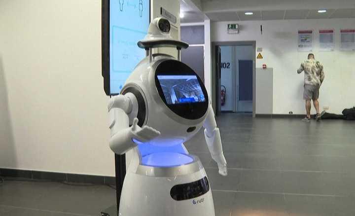 Video: los robots que se adaptaron al mundo del coronavirus