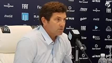 Mago Capria - Video: asume como manager de Racing y confirma que no tuvo contacto con Diego Milito