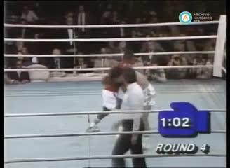 La pelea de Lorenzo García por el título superligero de la AMB.