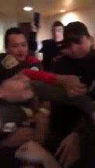 Diego Maradona se cruzó con hinchas de Atlético San Luis que lo insultaban