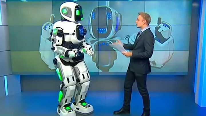 El robot Boris hizo su aparición en la televisión de Rusia