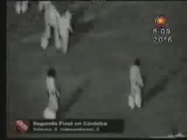El resumen del 2-2 que le dio el título a Independiente en el Nacional 1978.