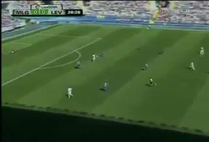 Mirá el primer gol de Saviola en Málaga.