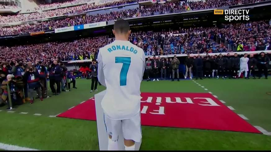 Ronaldo mostró sus 5 balones de oro