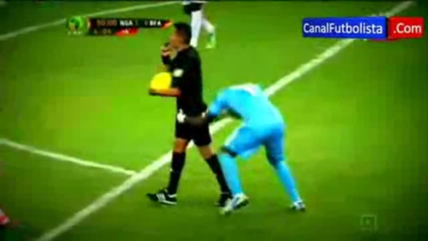 Festejo loco en la final de la Copa Africa.
