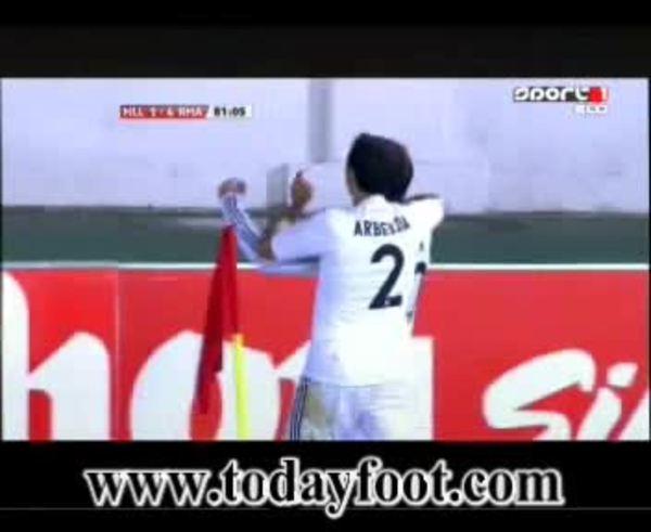 Gran globo de Gonzalo Higuaín para cerrar la goleada del Real Madrid.