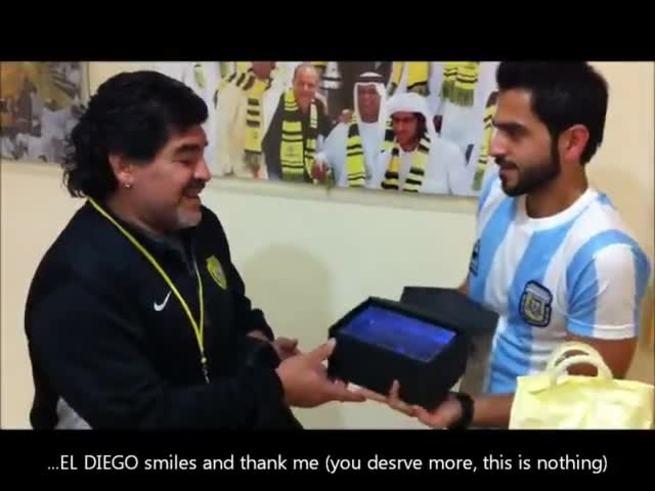 El fan de Maradona que viajó desde Barein.