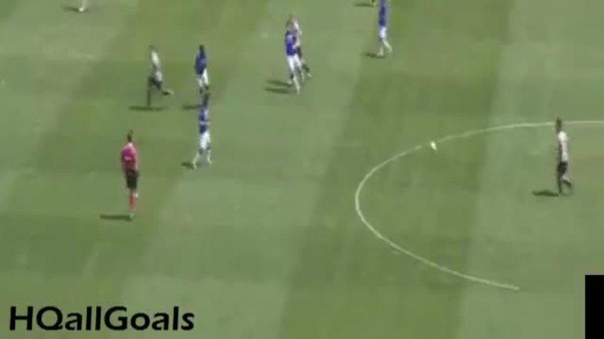 Romero se equivocó en la salida y fue gol