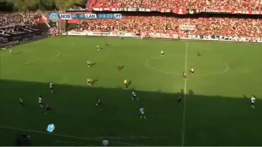 Newell's quiere recuperarse del 0-3 contra Lanús. Juega contra Deportivo Lara en Venezuela por la Libertadores.