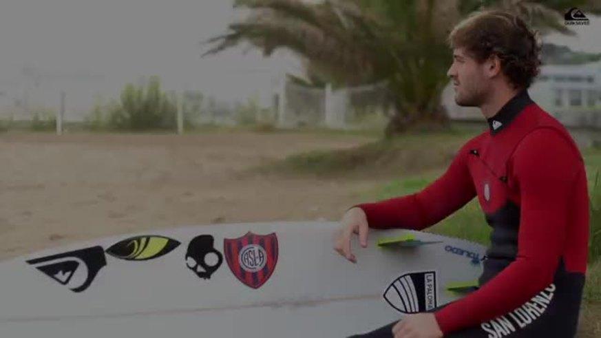 Santi Muñiz con el traje del Ciclón 33522935122