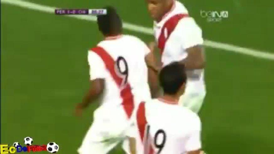 Mirá el gol de Farfán para Perú.