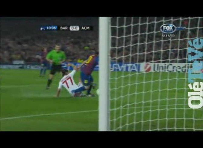 Messi puso el 1 a 0 ante el Milan (youtube).