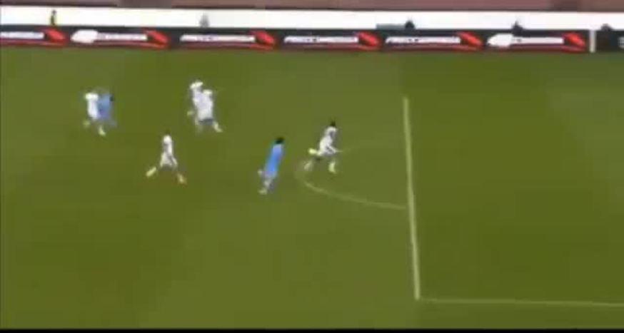 Cavani hizo cuatro en la goleada del Napoli.