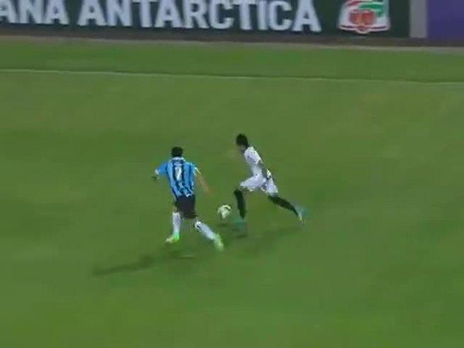 Mirá la rápida expulsión de Neymar.