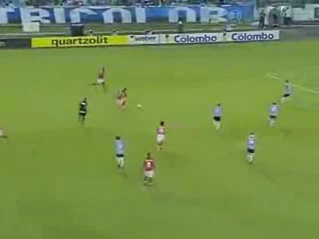 Mirá el gol de Dátolo al Gremio.