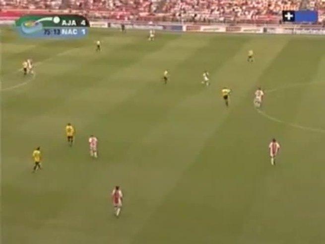 Recordá este golazo de Ibrahimovic, en su etapa en Ajax.