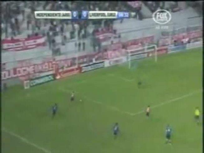 Los goles de Independiente ante Liverpool.