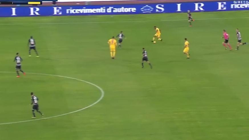 Higuaín metió el primero ante Napoli