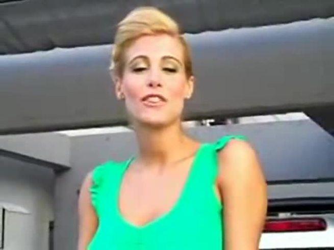 Florencia Maggi, en la producción de Olé.