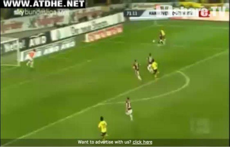 Mirá el gol de Lucas Barrios.