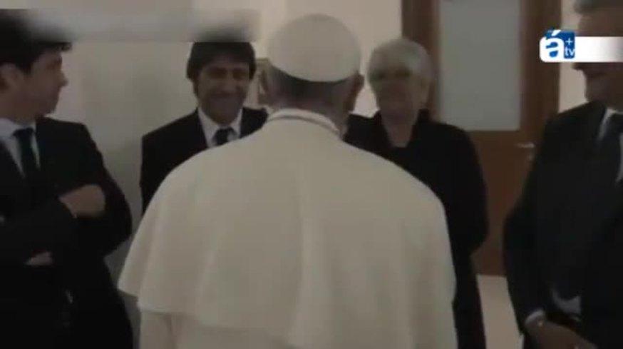 El Papa se rió con un hincha de San Lorenzo