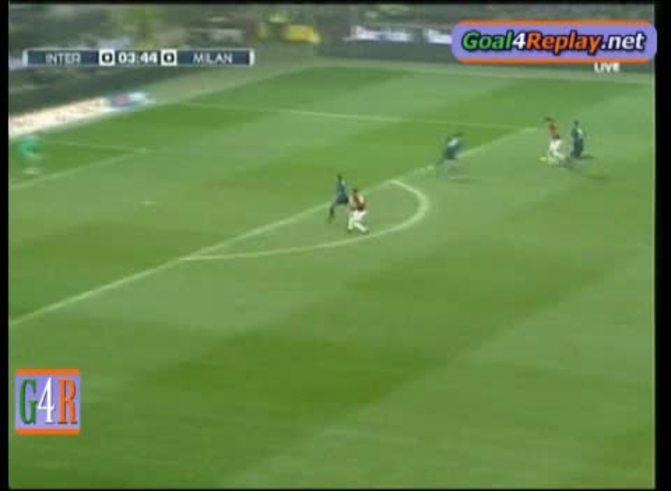 El gol de Ibrahimovic ante Inter. (www.goal4replay.com).