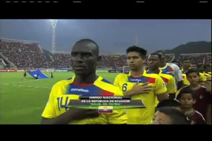 A Ecuador le pusieron el himno de México.