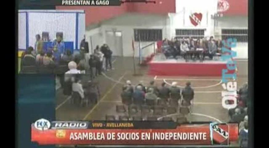 Las agrupaciones opositoras se retiraron de la Asamblea de Independiente