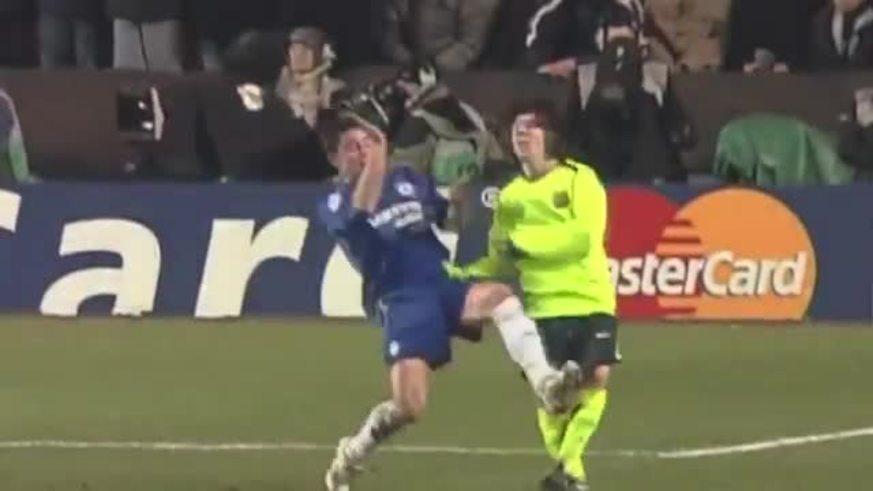 Del Horno y una durísima patada a Messi