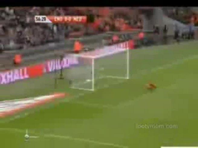 Los goles del emotivo 3-2 de Holanda a Inglaterra.
