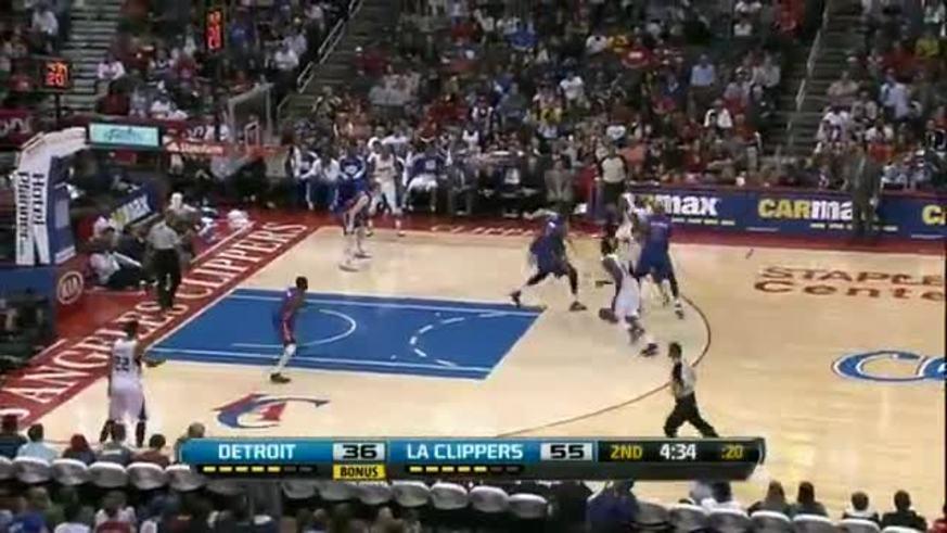 La jugada de DeAndre Jordan ante Detroit.