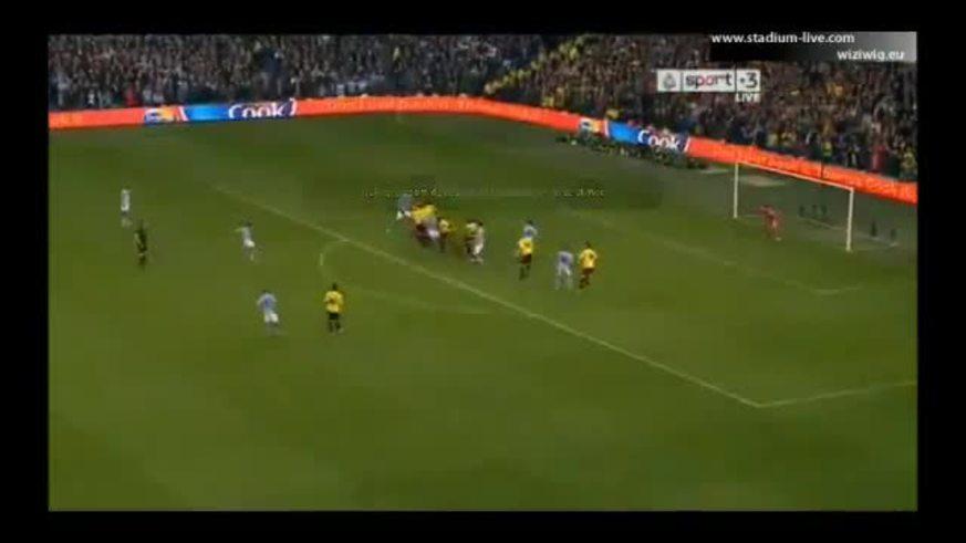Mirá el golazo de Tevez al Watford.