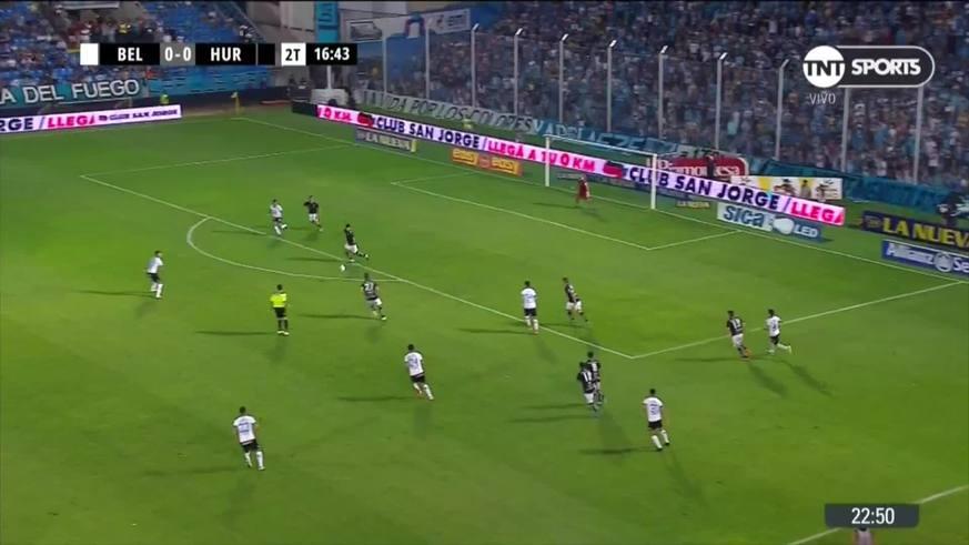 Marcos Díaz respondió ante el remate de Sequeira