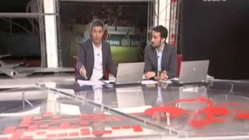 Hinchas de Osasuna le roban a un par de niños banderas del Real Madrid.