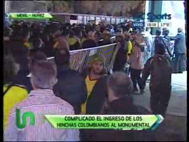 Hinchas colombianos no pudieron entrar al estadio