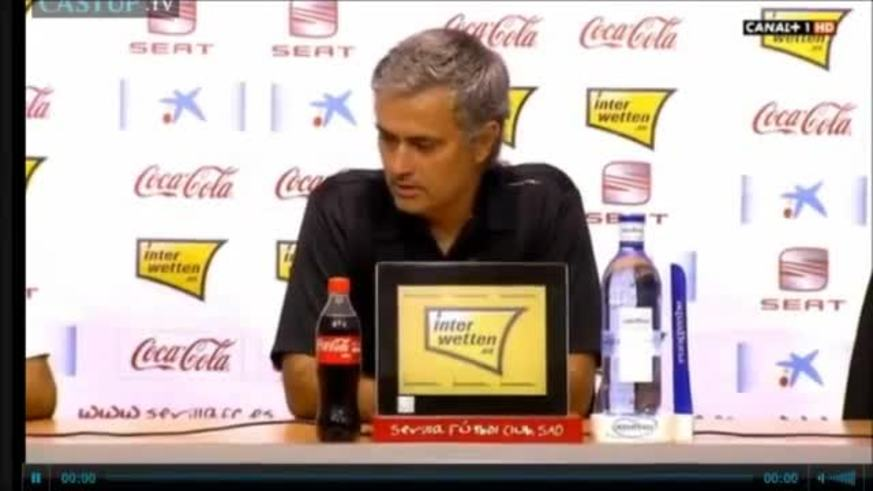 Mirá a Mourinho hablando caliente tras la derrota.