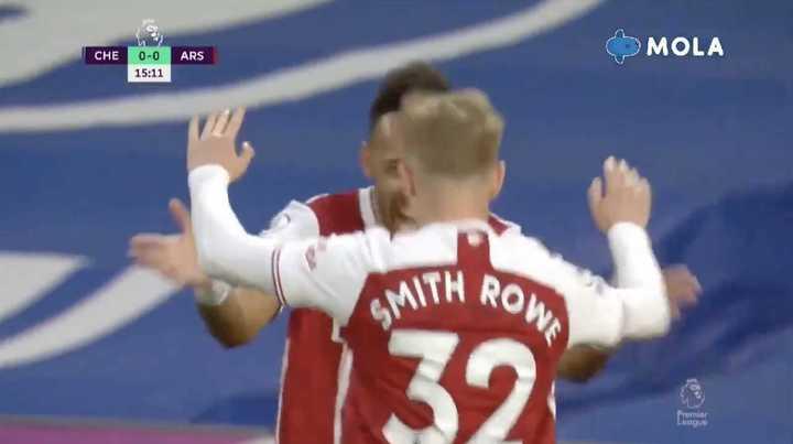 El gol de Rowe para Arsenal ante Chelsea