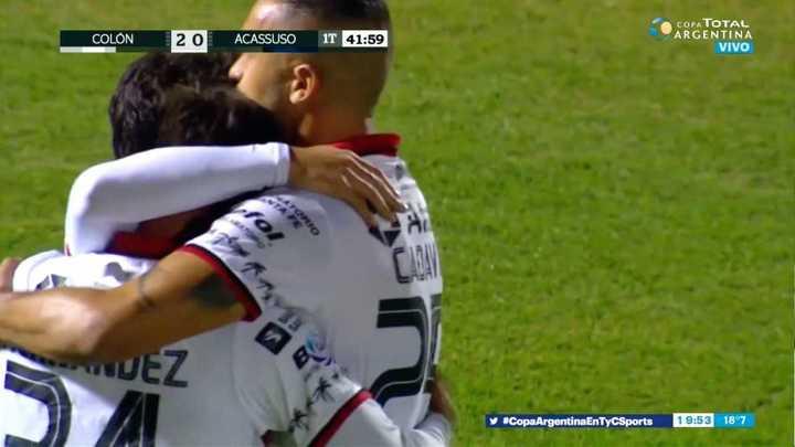 El Pulga Rodríguez marcó el segundo de cabeza