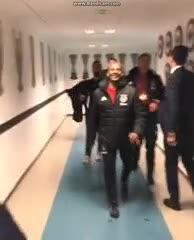 Ajax celebrando en el vestuario