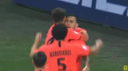 El gol de Paredes que le dieron a Neymar