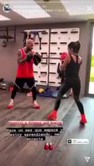 Antonella Roccuzo entrenando boxeo