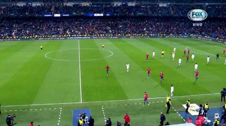 Los hinchas del Real Madrid silbaron a los jugadores