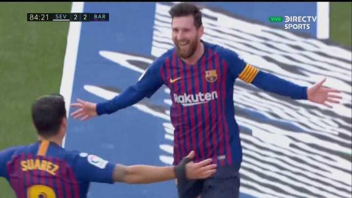 Triplete de Messi con golazo incluído