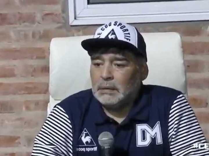 La calentura de Maradona contra Espinoza