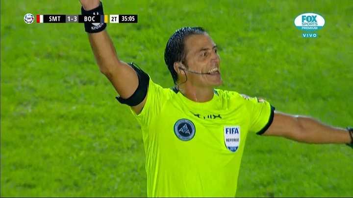 Gol anulado por offside a Boca