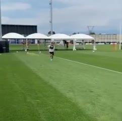 Cristiano Ronaldo se recupera de su lesión junto a su hijo mayor