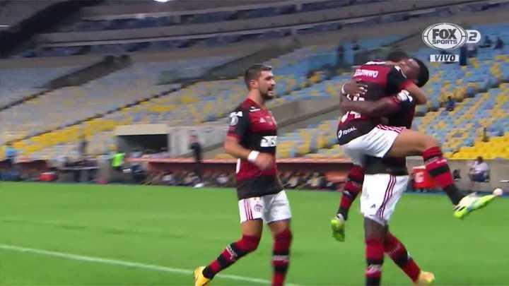 Flamengo liquidó 4 a 0 a Independiente del Valle